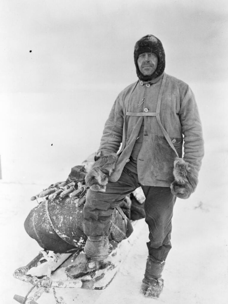IMage of Captain Robert Falcon Scott in Arctic gear 1911